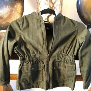 Girls spring jacket size 6 Limited too